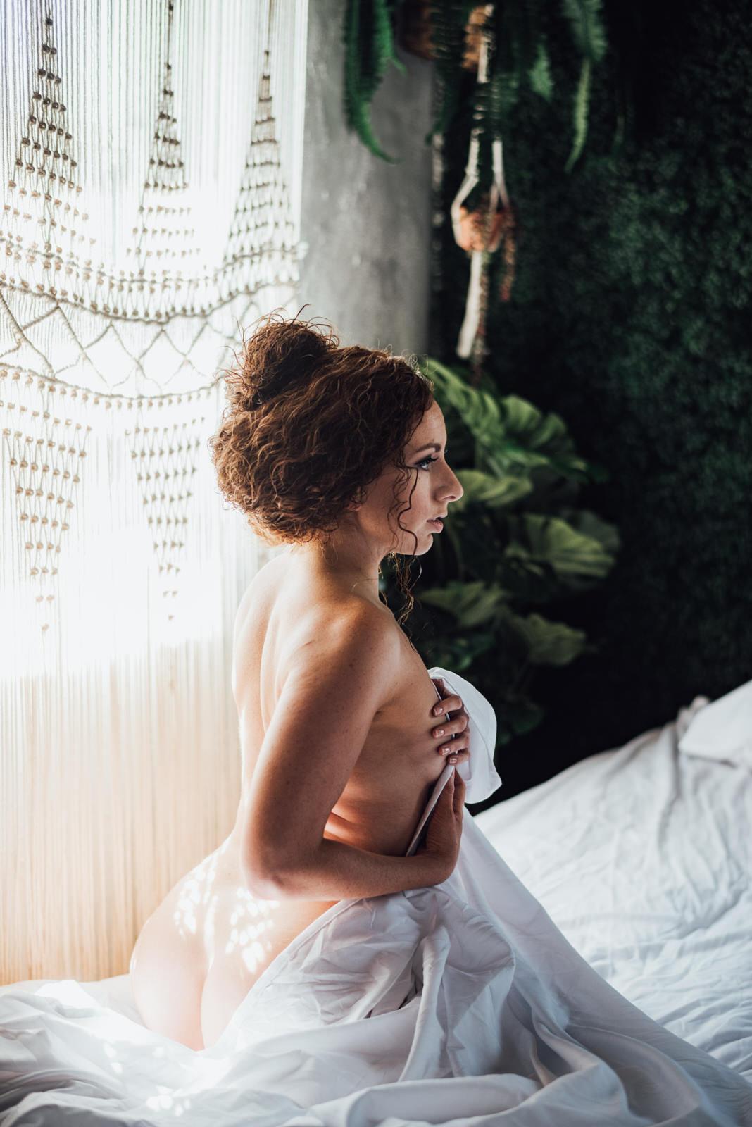 New Jersey bridal boudoir photographer